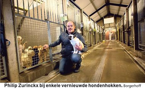 Philip Zurinckx in de vernieuwde hondenhokken