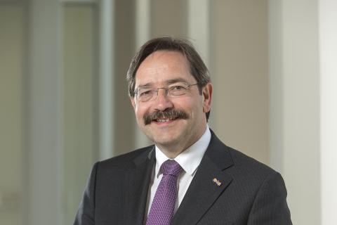 Gouverneur van Nederlands Limburg, Theo Bovens