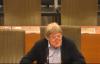 Ludwig Vandenhove tijdens commissie voor Dierenwelzijn.png